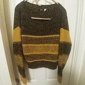 SALE! BDG Crop Sweater